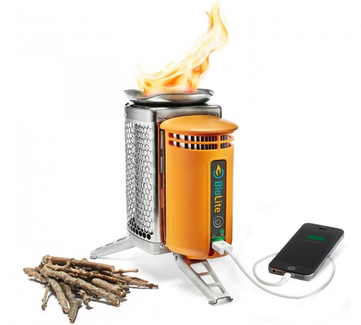 4. Портативная печь-зарядка — BioLite CampStove BioLite CampStove — это новая функциональная туристи