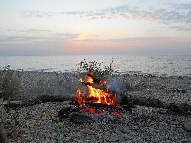 Теплота огня берегового в закатные мгновения ... DSCN1301.JPG