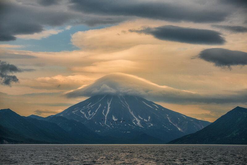 Взгляд на Вилючинский вулкан с океана.