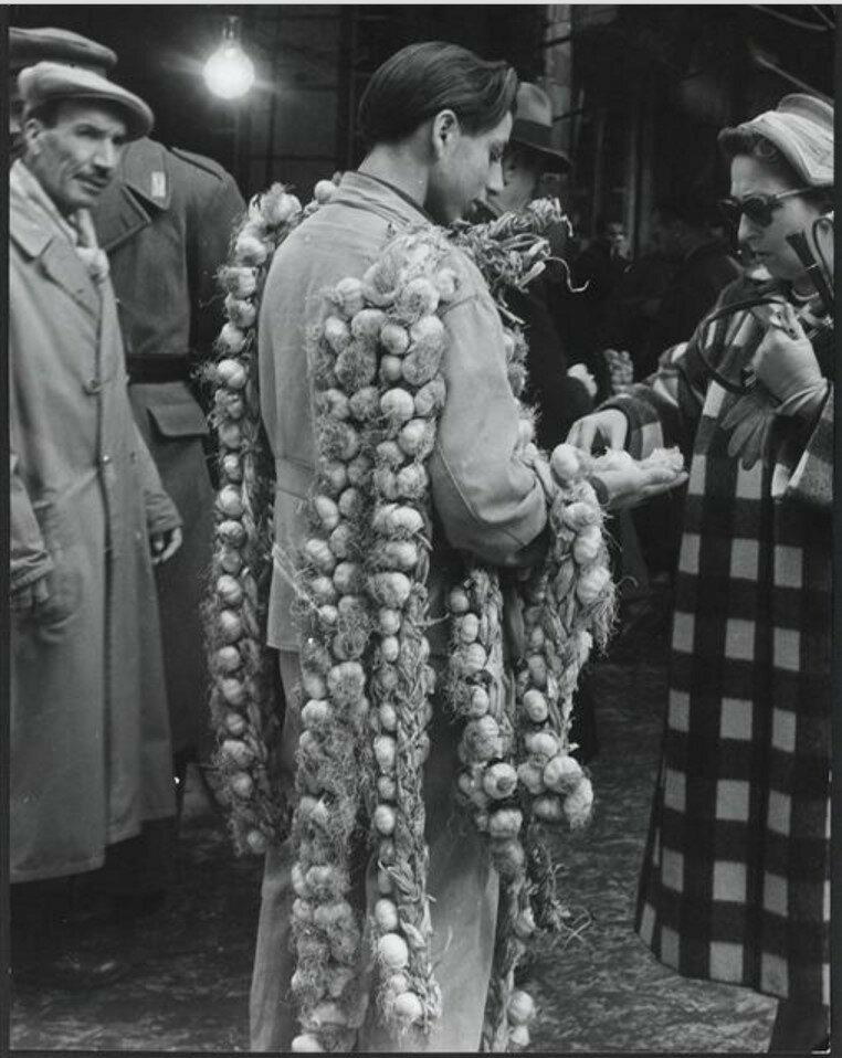 1957. Продавец лука, Палермо