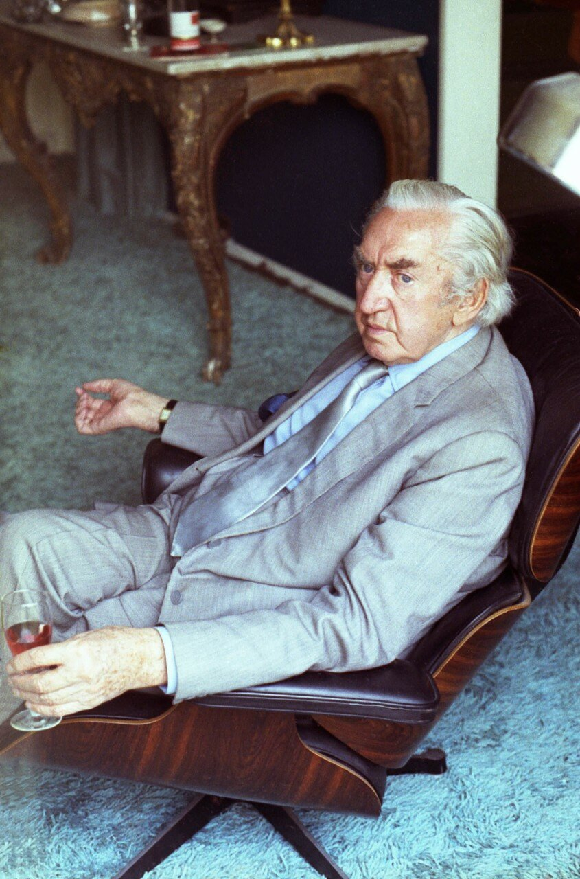 Брайан Десмонд Херст (1976)