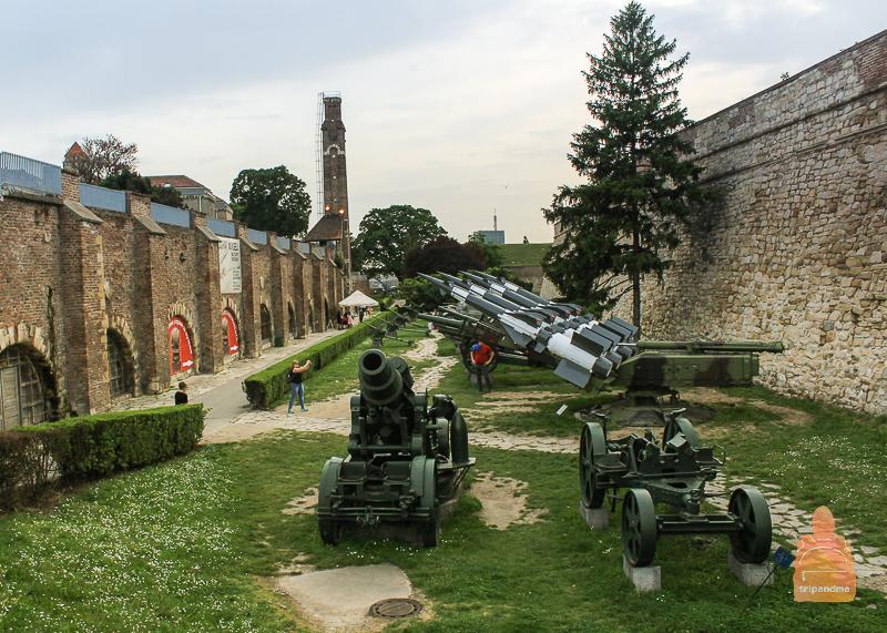Экспонаты музея военной техники