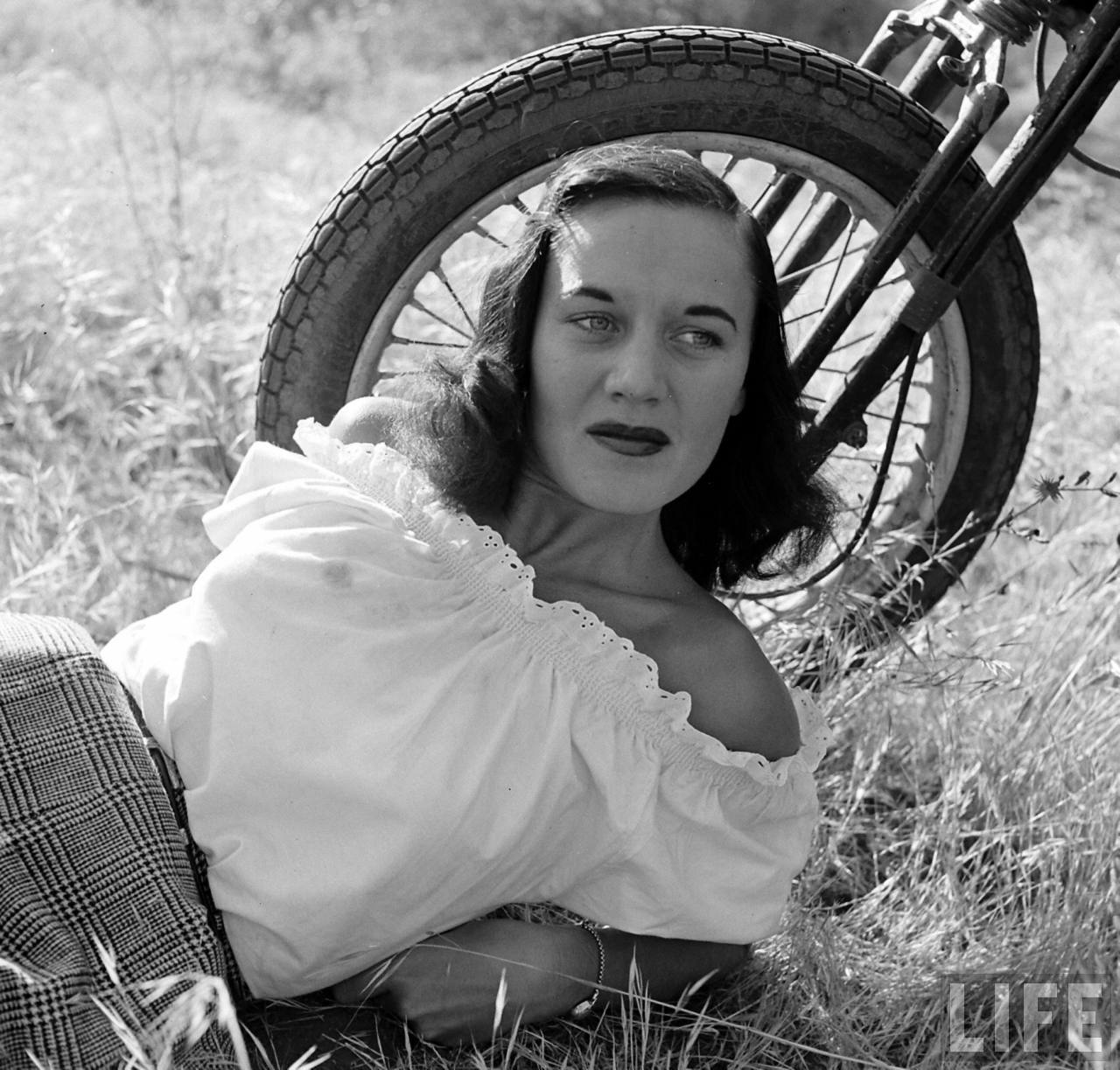 Bike Girls by Loomis Dean, LIFE Magazine '1949