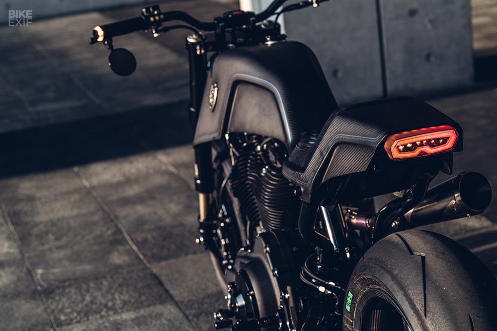 Rough Crafts: стритфайтер Raging Dagger на базе Harley-Davidson Sportster Forty-Eight