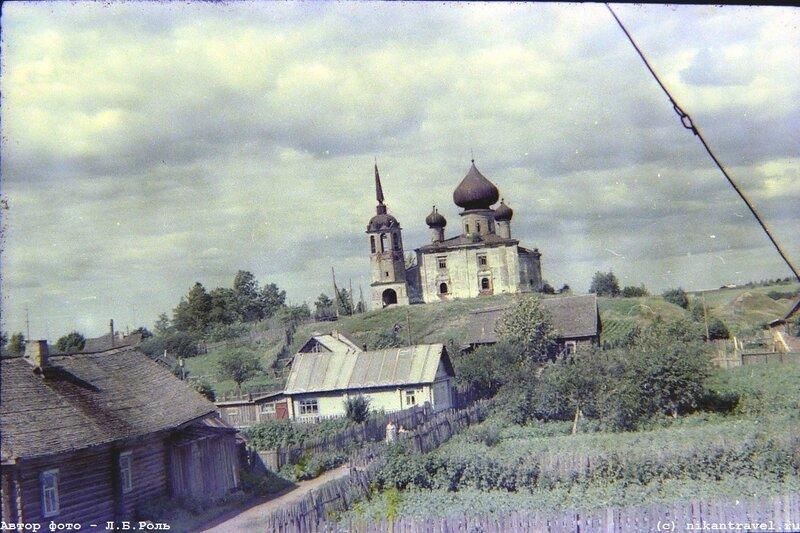 1970с Старая Ладога, церковь Иоанна Предтечи на Малышевой горе.jpg