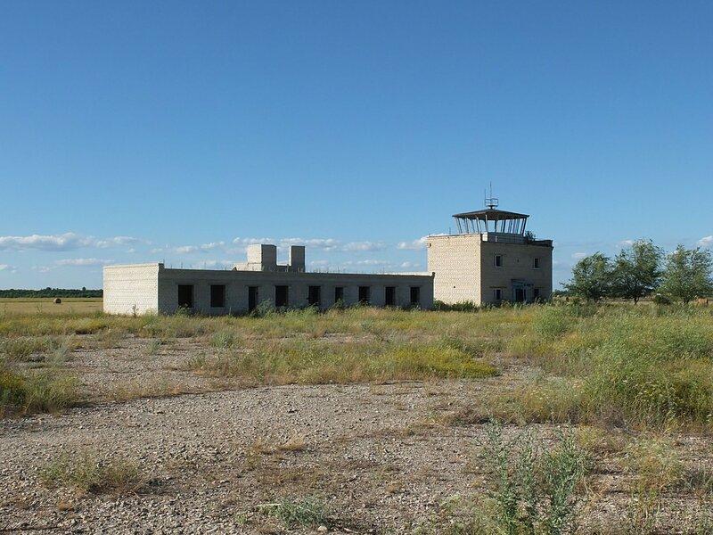 Хворостянка, Безенчук аэродром 565.JPG