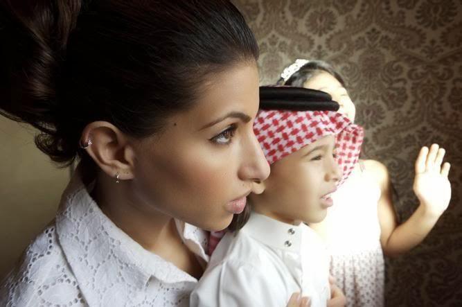 13. У пары есть дочь и два сына-близнеца.