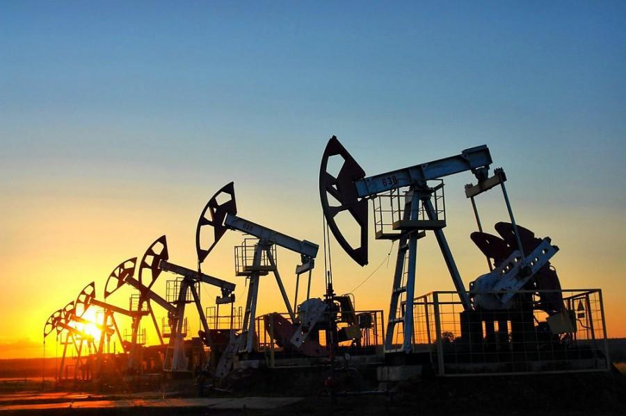 Цена нанефть сорта Brent превысила отметку в $50 забаррель