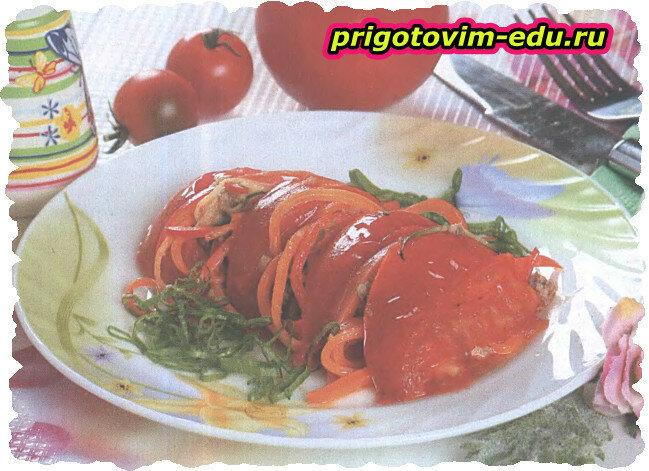 Закуска тушеная из томатов и фарша