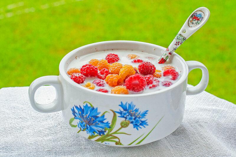 Завтрак деревенской девушки...))