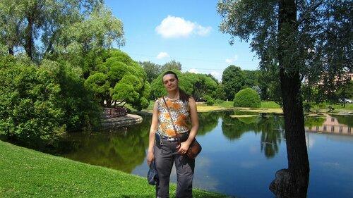 Ботанический сад Цицина у лаборатории.JPG
