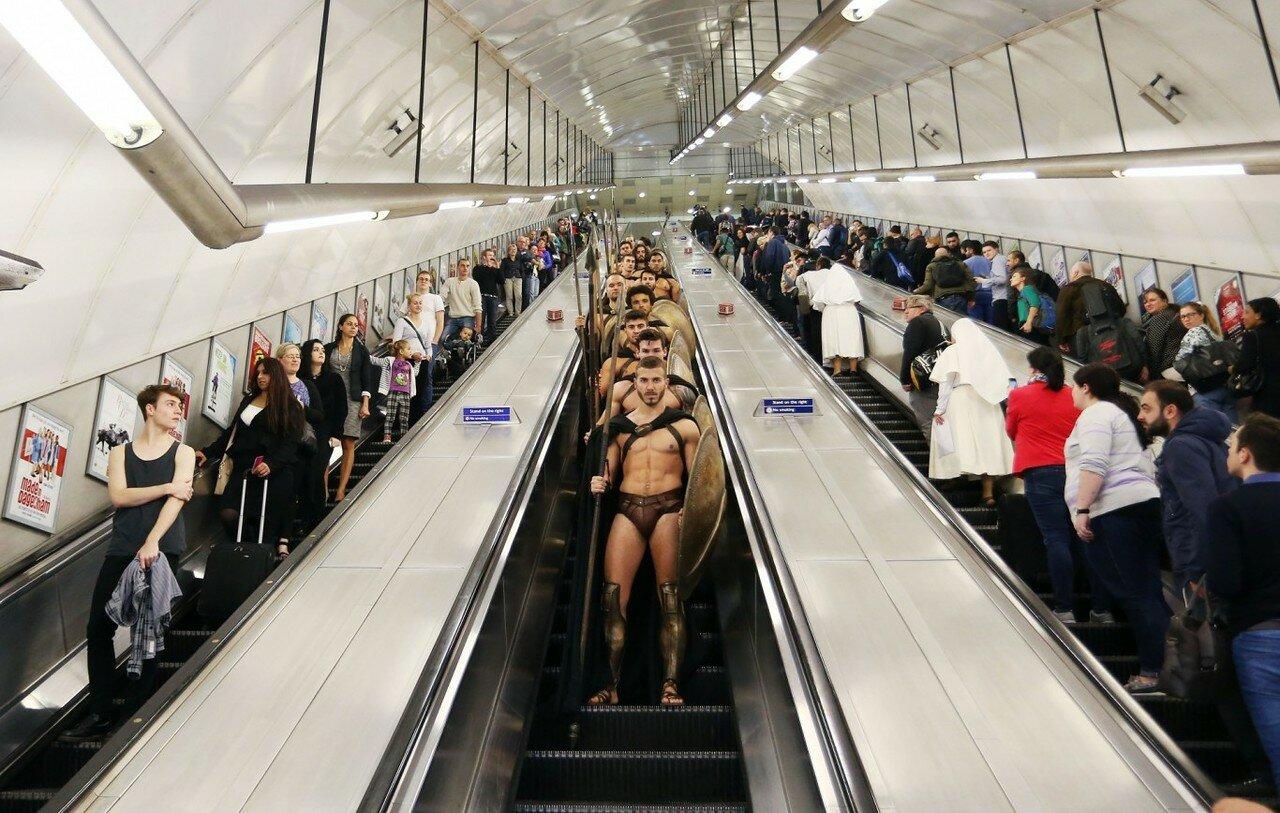 2014. Спартанцы в Лондонском метро