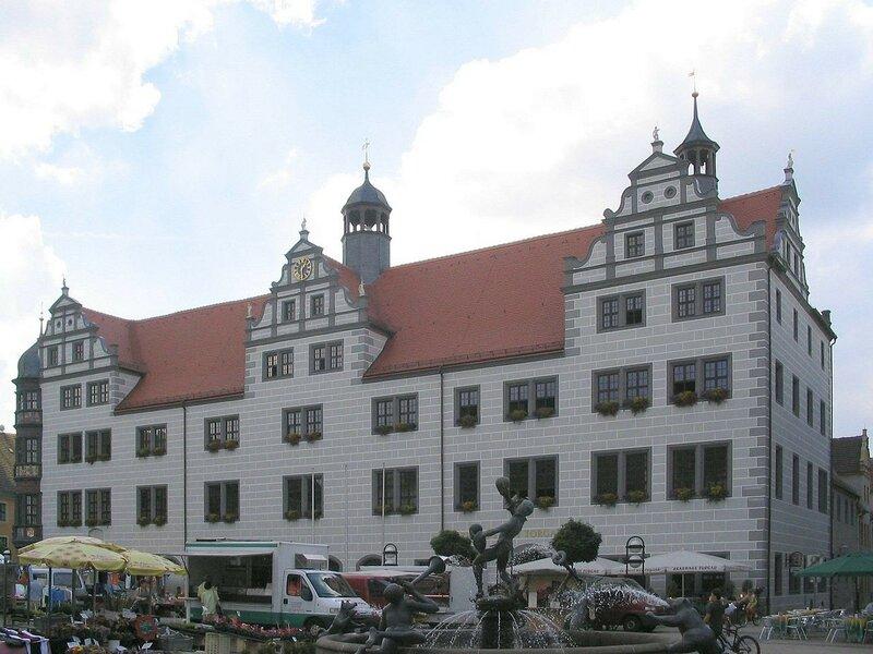 1280px-Torgau_Rathaus.jpg