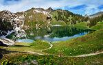 Озера в горах - это чудо природы