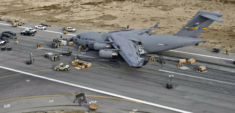 C-17_at_Bagram_Air_Base.jpg