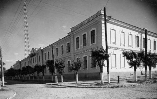 1939-1940 Духовное Уч и Радиовышка.jpg