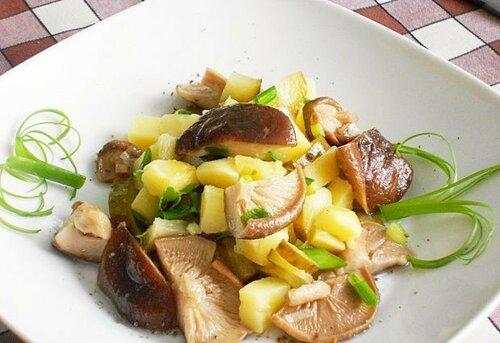 Салат деревенский с грибами рецепт с фото