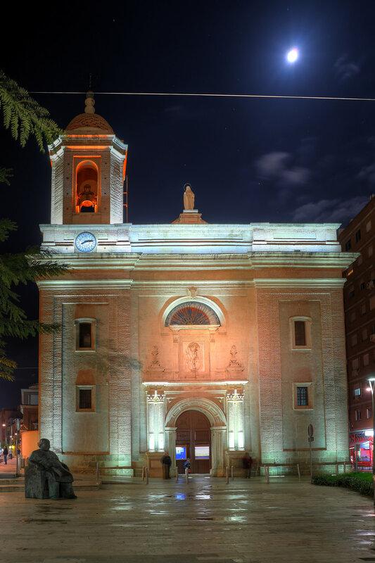 Ночная Алмерия в HDR - экстремальные цвета