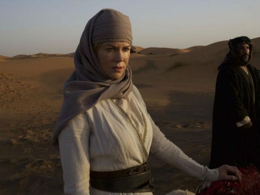 Николь Кидман в роли Гертруды Белл в фильме «Королева пустыни».