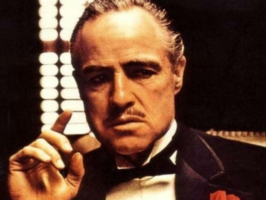 Марлон Брандо в роли Вито Корлеоне в фильме «Крестный отец».