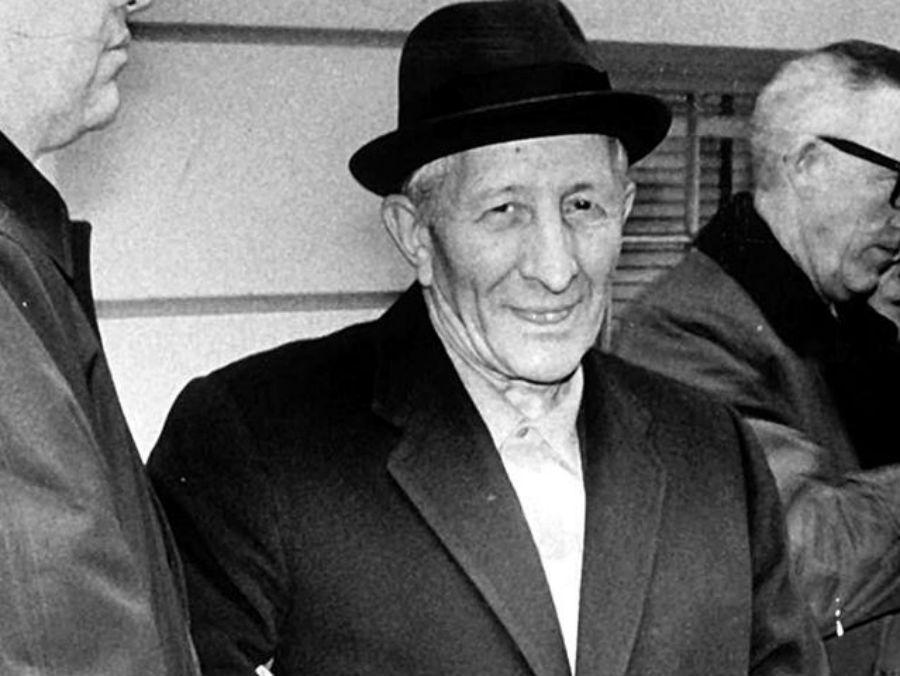 Утверждают, что именно жизнь Карло Гамбино, одно из прозвищ которого было «Крестный отец», повлияла