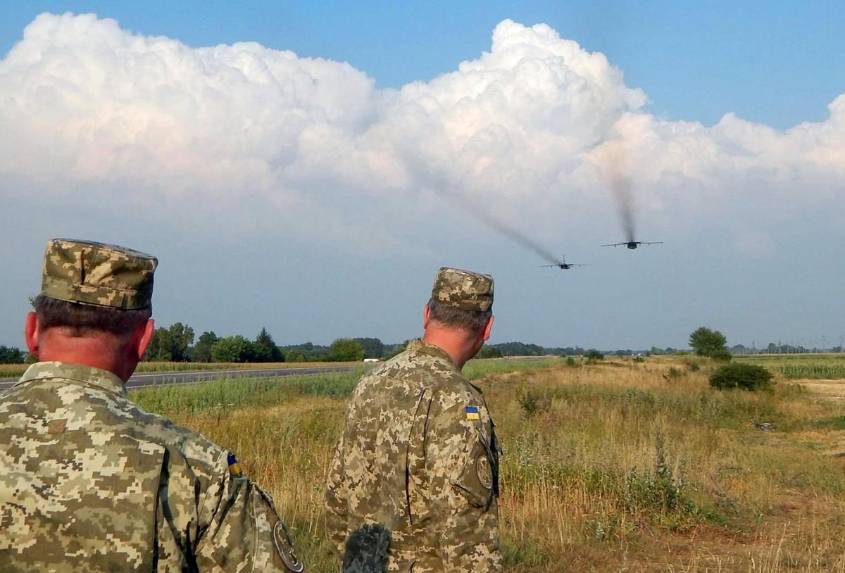 ВМинАТО призвали украинцев воздержаться отпоездок вКрым