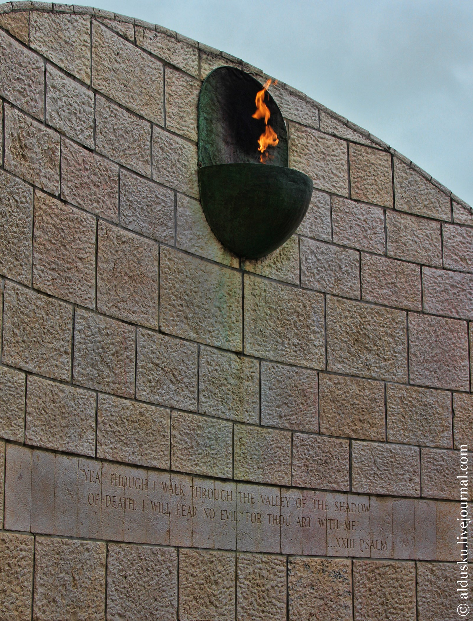 Мемориал «Холокост» в Майами-Бич (Holocaust Memorial of Miami Beach)