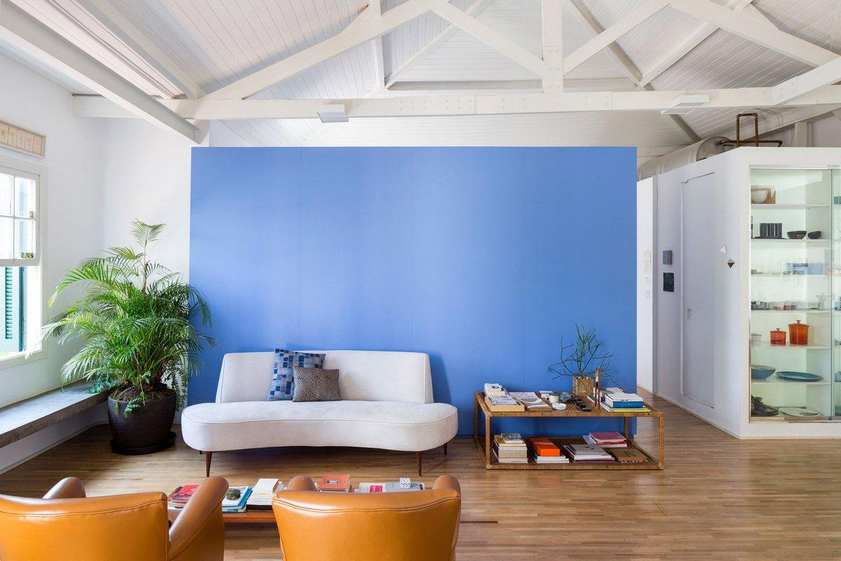 Apartment Joaquim, Сан-Пауло, Бразилия, RSRG Arquitetos, современные гостиные, эксклюзивный ремонт, апартаменты в Бразилии, синий цвет в интерьере