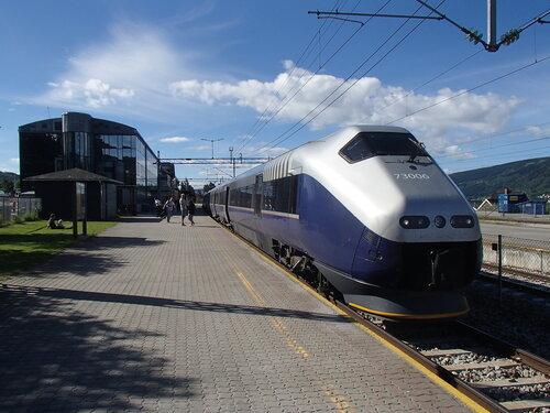 поезд Осло - Тронхейм
