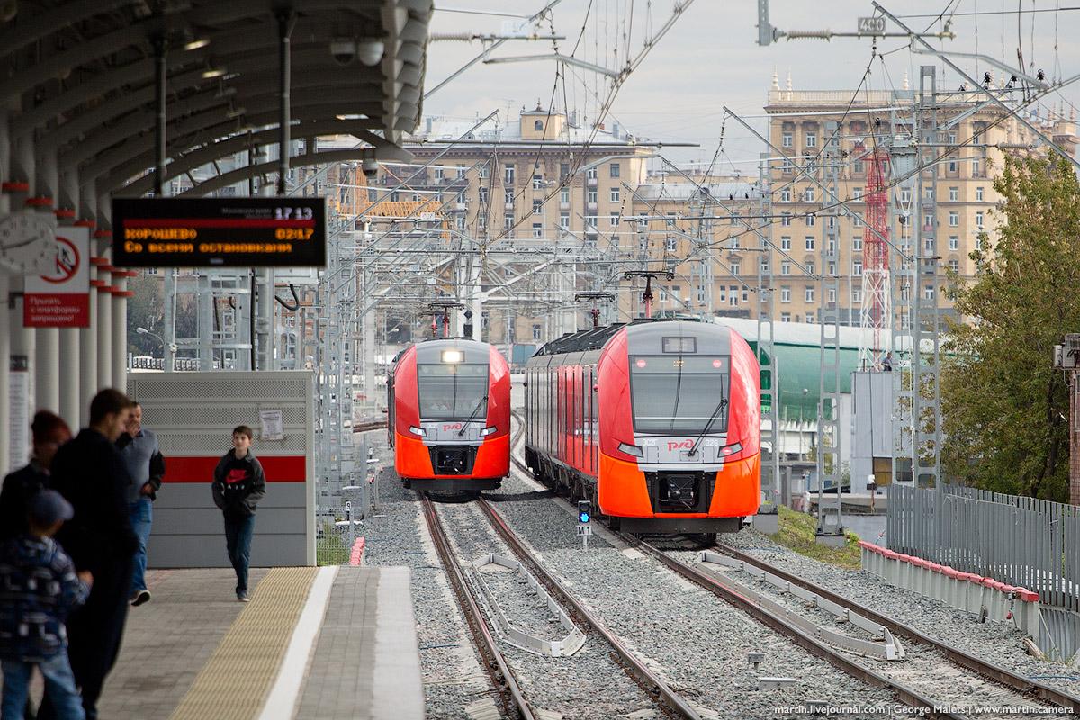 Задержка в движении поездов, по словам пассажиров, составила до 40 минут