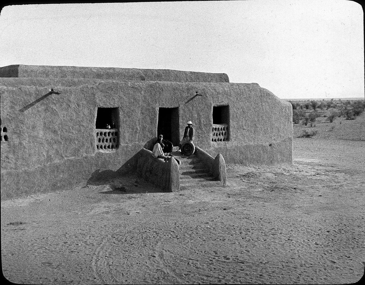 Мали. Окраина Госи