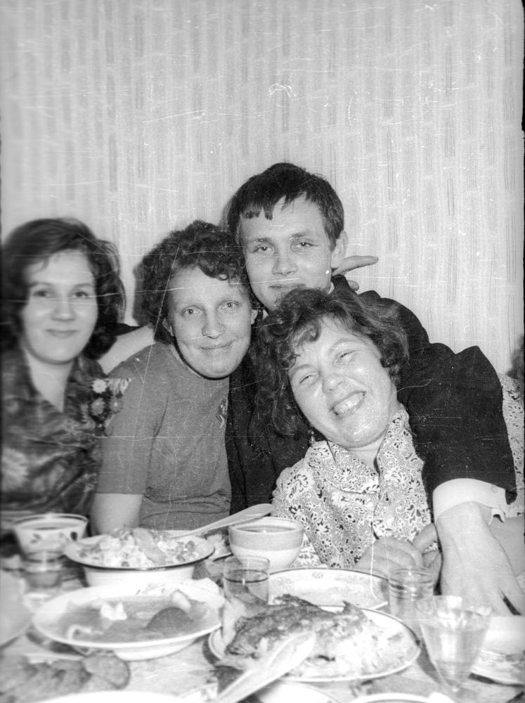 Image result for советская студенческая пьянка