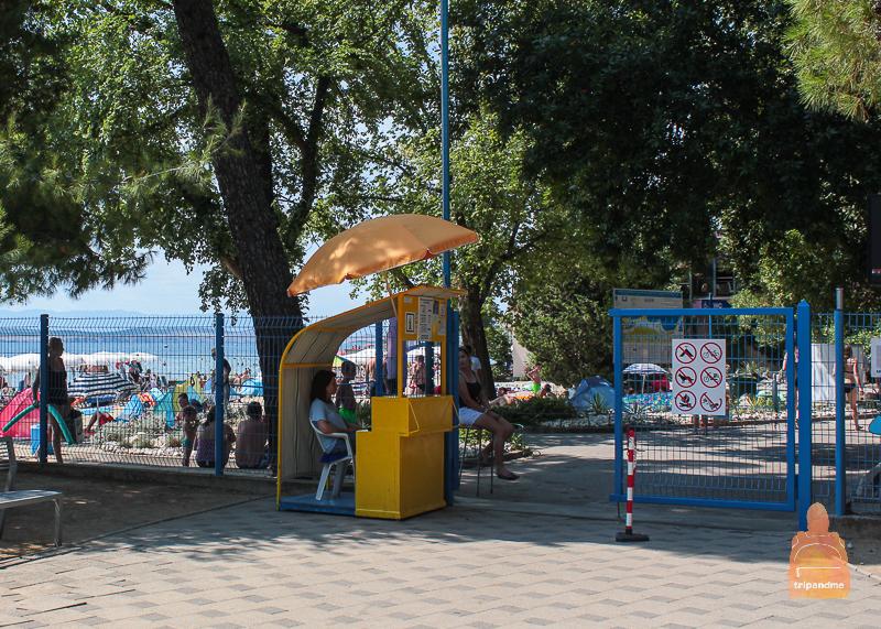 Вход на платный пляж