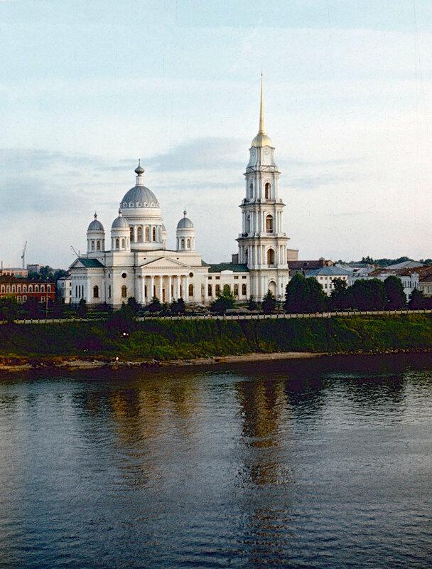 1980 А.В.Бруханский Спасо-Преображенский собор.jpg