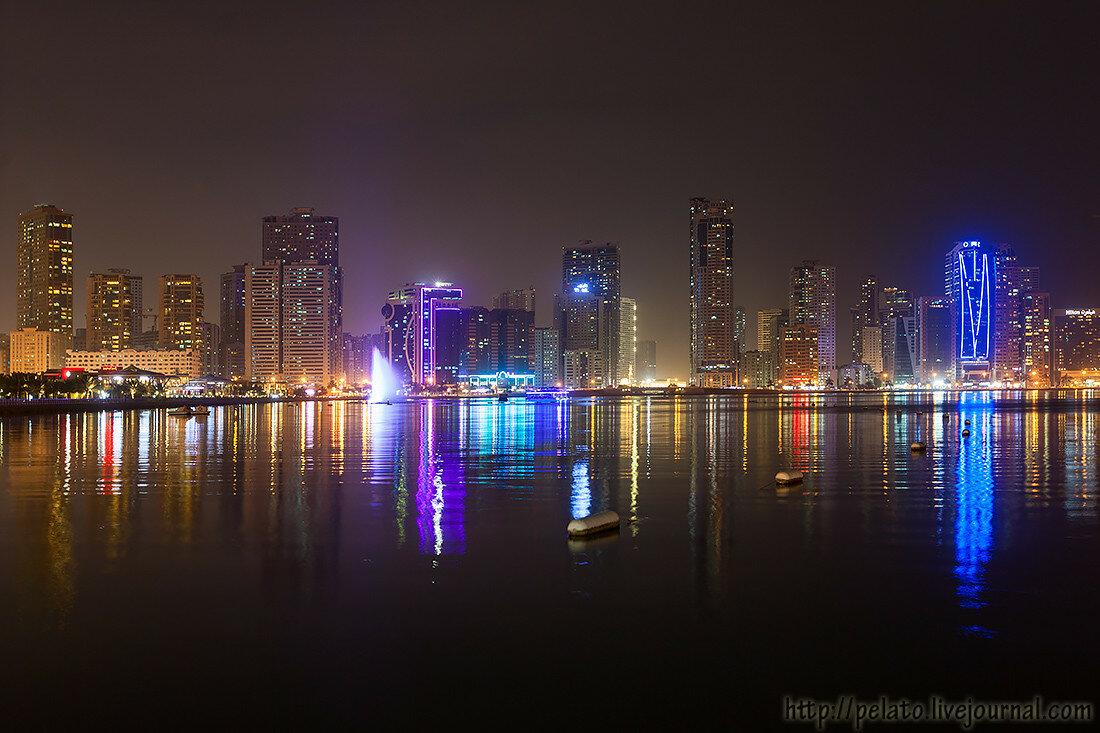 фонтан музыкальный Al Majaz Waterfront Аль Маджаз лагуна Халид шарджа ОАЭ sharjah UAE