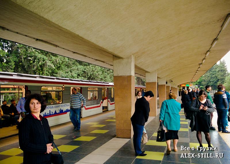 Метро Тбилиси - время работы и стоимость проездка