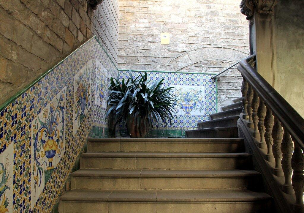 Барселона. Дом Архидьякона (Casa de l'Ardiaca)