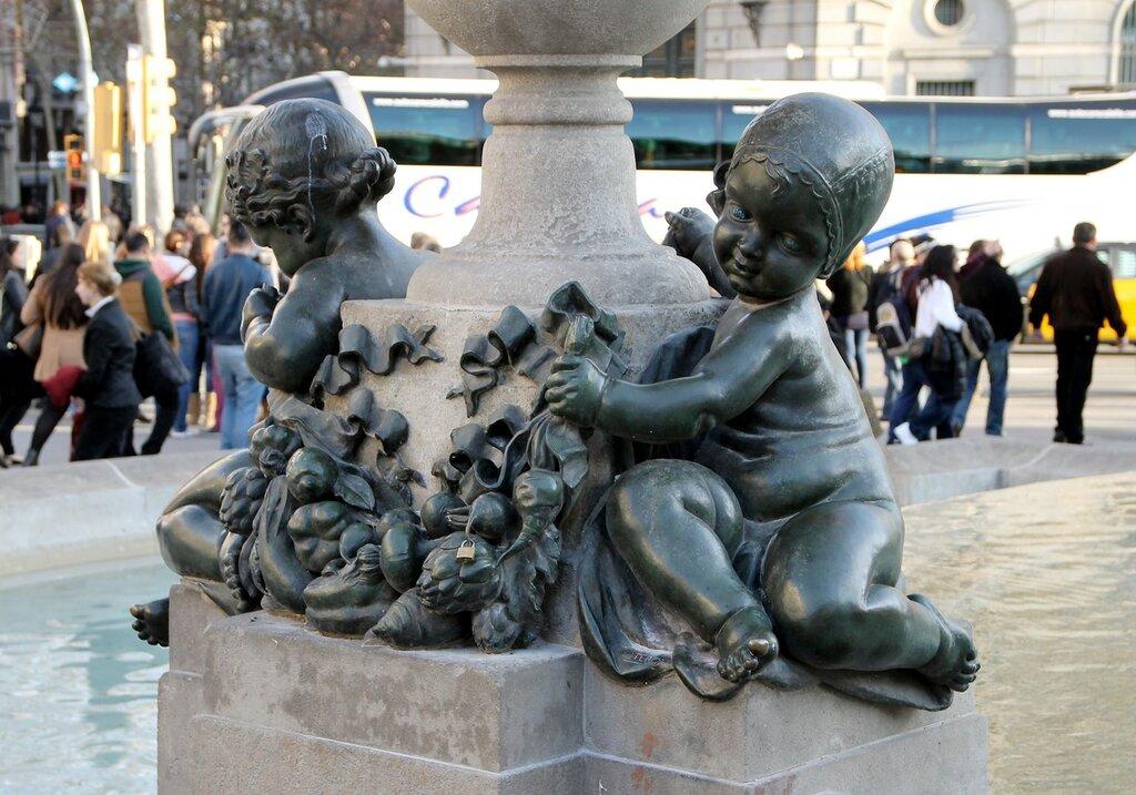 Barcelona. Fountain of six Putti (Fuente de los Seis Putti)