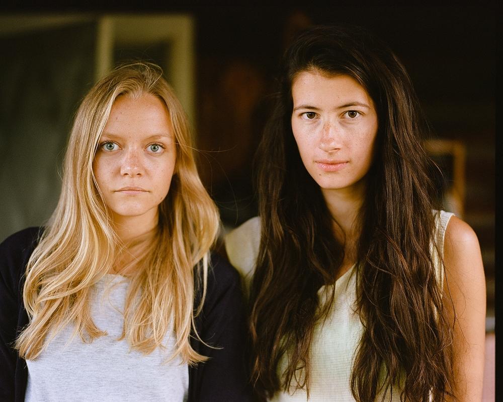 ?Это мои близкие подруги, их обеих я снимала много и часто. Но почему-то никогда вместе. Видимо, зря