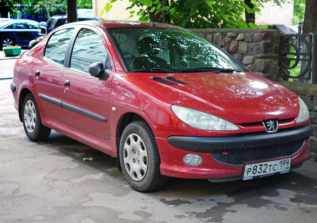 peugeot-red-DSC02348.JPG