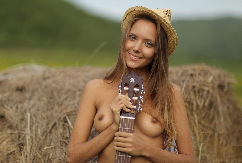 Катя Кловер / Katya Clover nude model
