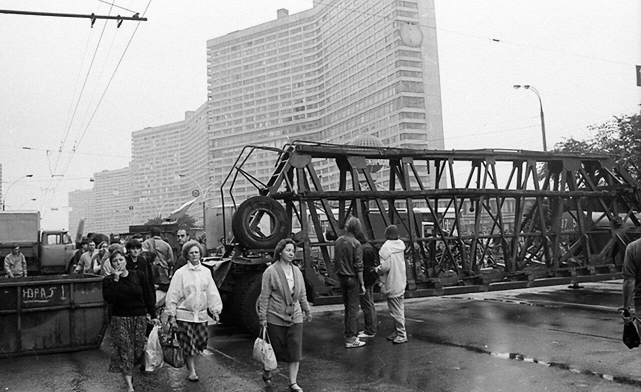 80148 Калининский проспект.Август 1991.jpg