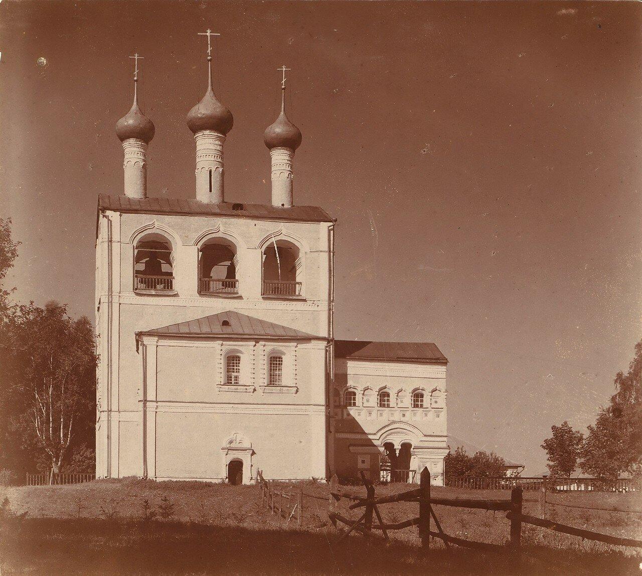 Колокольня Борисоглебского монастыря с северо-востока