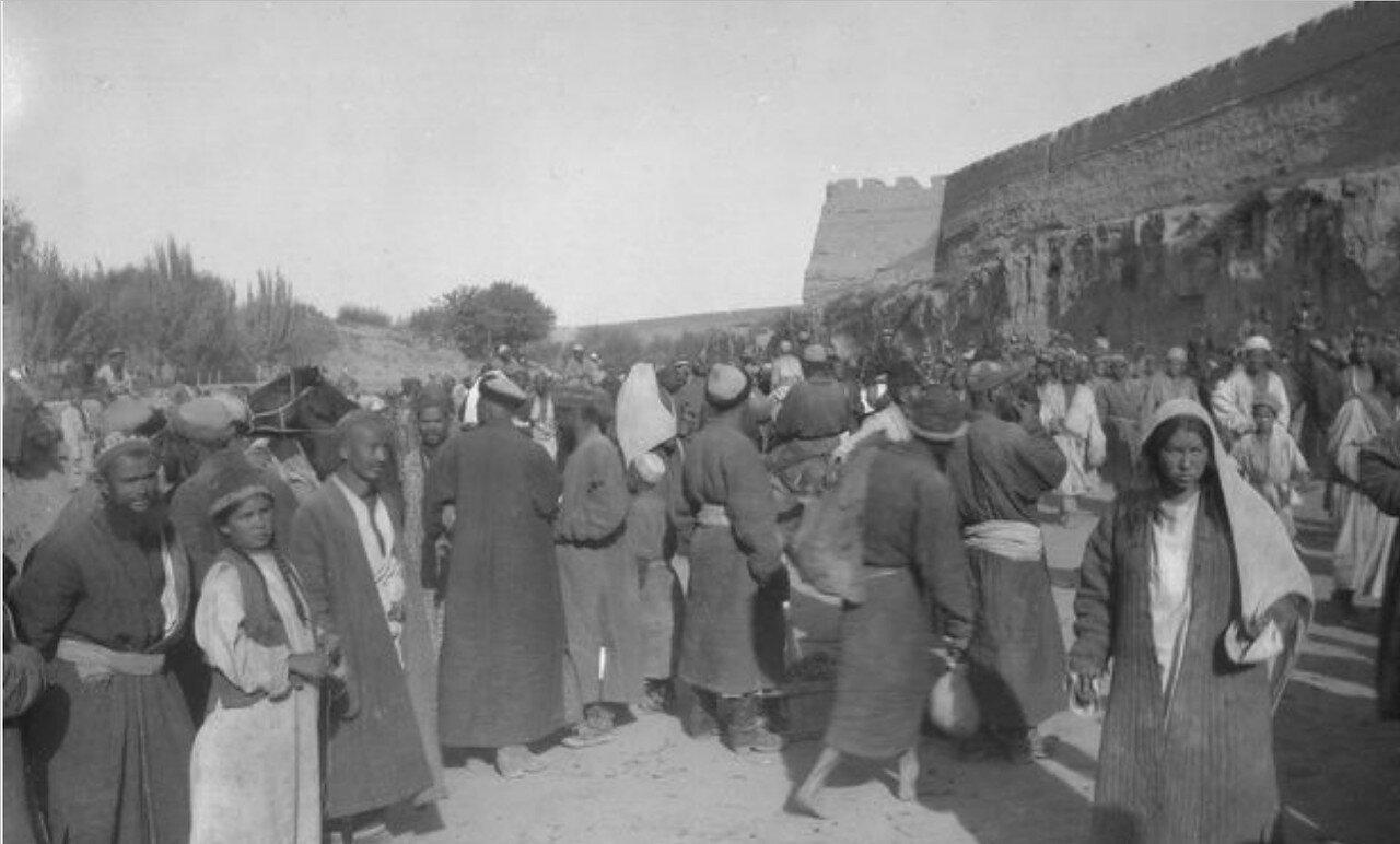 Базар в Яркенде