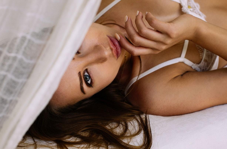 Луис Роуз в сексуальном нижнем белье / Lois Rose in sexual lingerie by Deepak Harkhoe - Yume