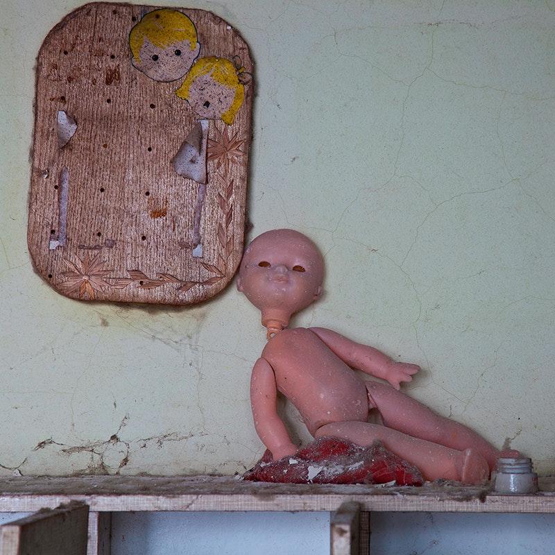 Куклы, оставленные в Припяти, в проекте Ольги Довгопол