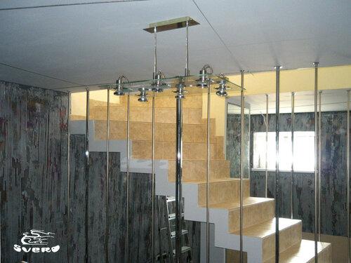 051. кинозал, лестница, ограждения лестницы, декоративная штукатурка, интерьер