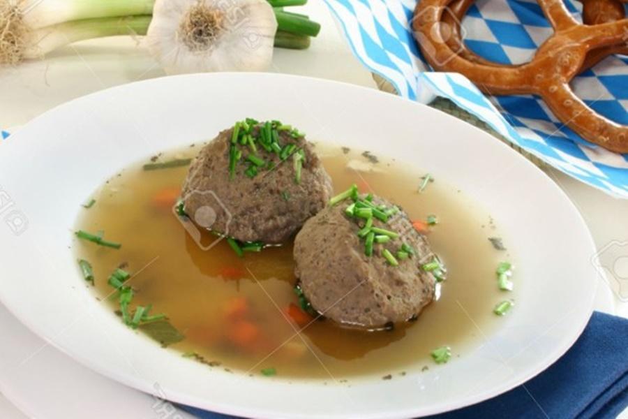 Суп картофельный с клецками по чешски