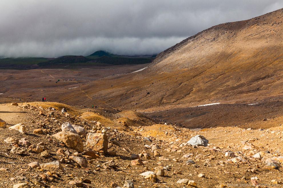 18. Но на этом красоты Мутновского вулкана не закончились. Это красивейший каньон всего в паре