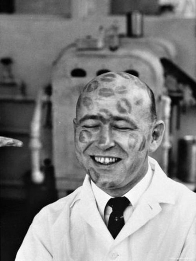 Тестирование помады, 1950 год.